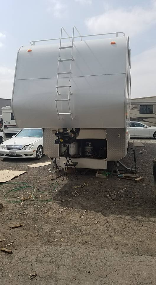 fifth wheel repair